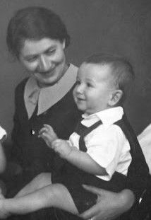 Tommy & his mother Ilse