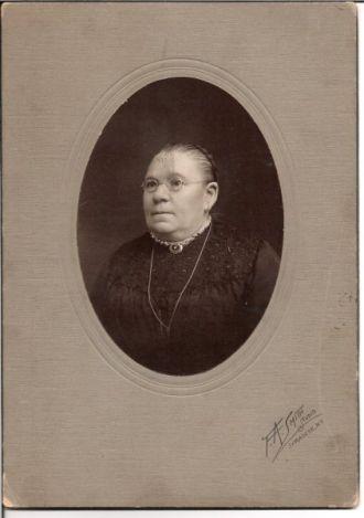 Dr Marianne Herbert