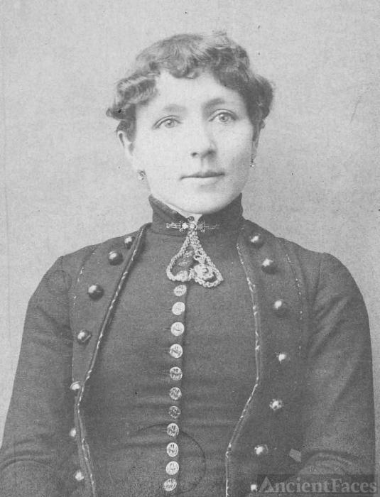 Alice Sanders Elliott