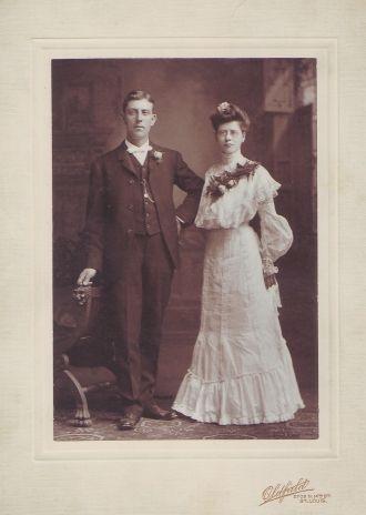 Gus and Lizzie (Voepel) Schubert, 1904