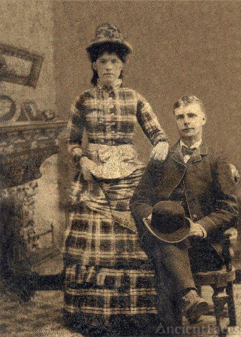 Warren Curtis, Mary MacJennet Wedding Photo 1890s
