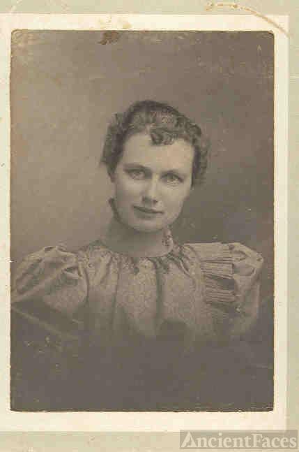 Estelle Haskin