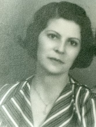 Ernestina Irene Leonard y Martinez, Cuba