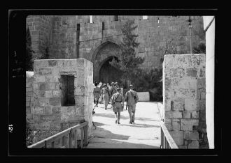 Rebel prisoners being marched into the Citadel [Jerusalem]