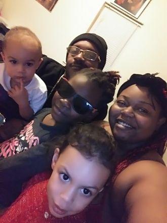 Courtney Mincey family