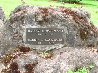 Carrie and Harold Edwin Davenport Gravesite