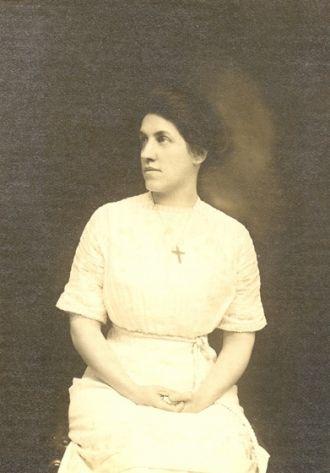 Anna Tracy