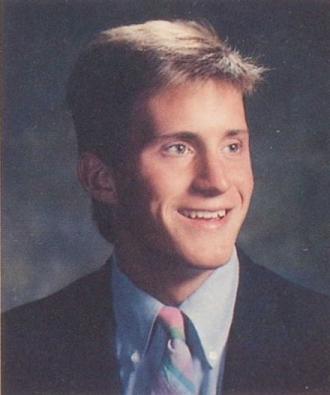 1989 Senior Yearbook Photo of Darren Render