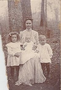 """Laura """"Blair"""" Yarbrough and children"""