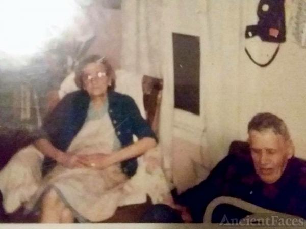 Ella M and Earl Dearborn