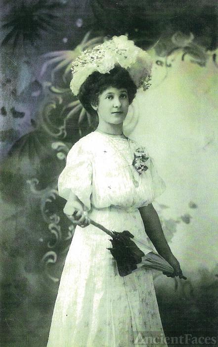 Annie Jacobs Doss