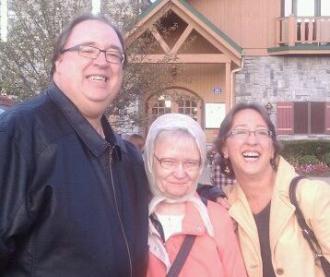 Daniel, Geraldine & Judy.Reinert