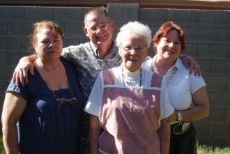 Mom ,Joe, Debbie & Margo