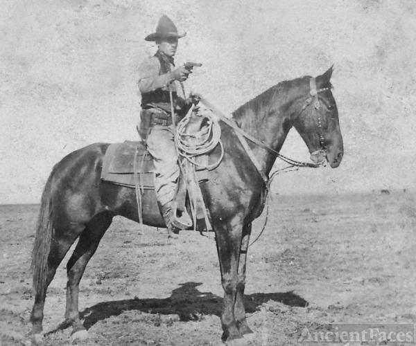 Frank Felts, Texas 1890