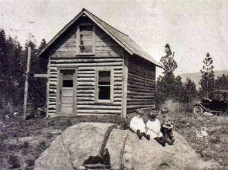Julia and John Knapp's Montana Home