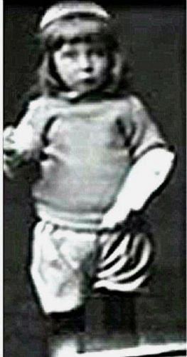 Titanic British child victim