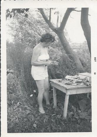 Rintrona Aunt camping