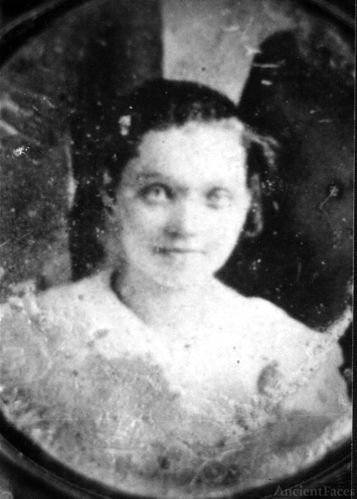Mary [Olock] Lukacs-Vujcic