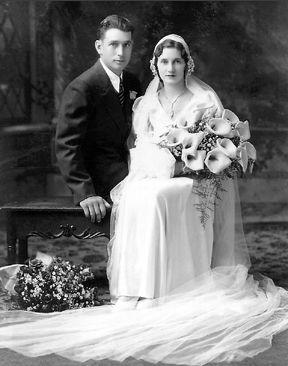 Gerald and Agnes (Schmitz) Lenz, 1932