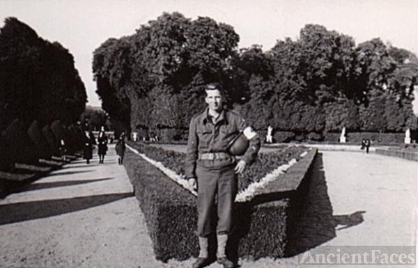Herbert Lee Young, WWII