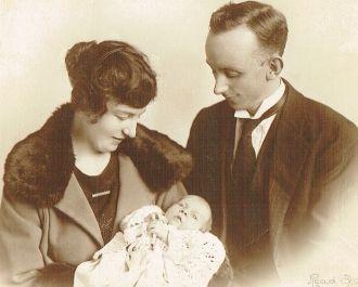 Marjorie, Evlyn, & Jack Lynch