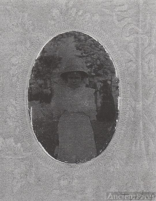 Gilliam child with hat