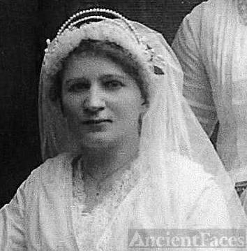 Pauline W. Wolanska