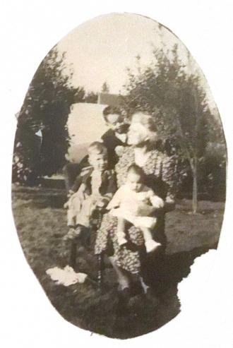 Linda Mae Kenyon Family