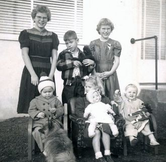 Unknown Family 1950
