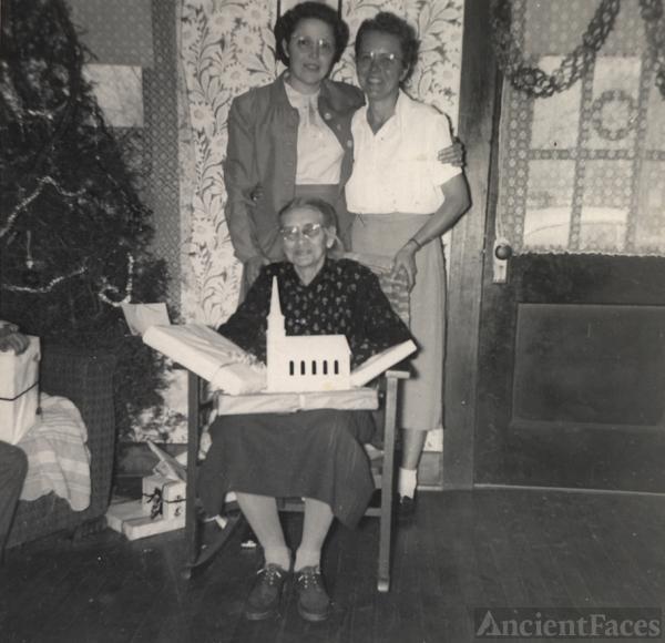 Nancy Lena (Walker) Dyer Family