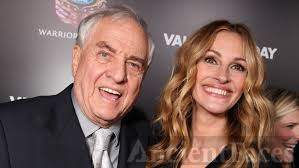 Garry Marshall and Julia Roberts