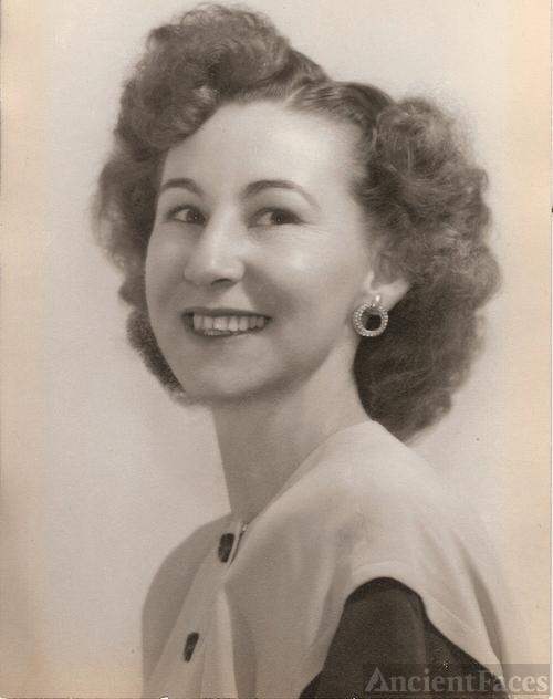 Evelyn Bernice Brooks 1945