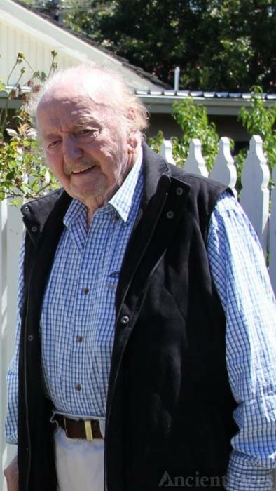 Alf Ern Hughes