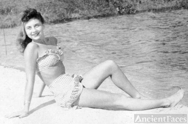 Dianne Llewellyn, Florida, 1948