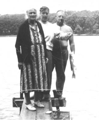Parlee Virginia (Taylor) Leffew, 1952