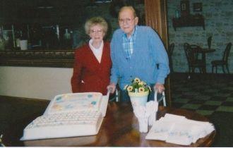 Kenneth D & Aileen W. Bergquist