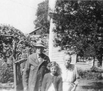 John Wm, Lizzy, Opaldeen