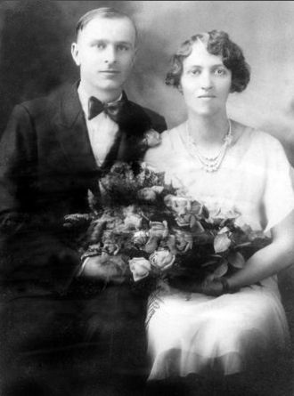 Walter and Mabel (Johnson) Roloff, 1930
