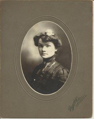 Viola Hoffman (McNutt) Waller