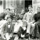 Descendants of Samuel Dusenbury and Gettianna Vreeland Tompkins.