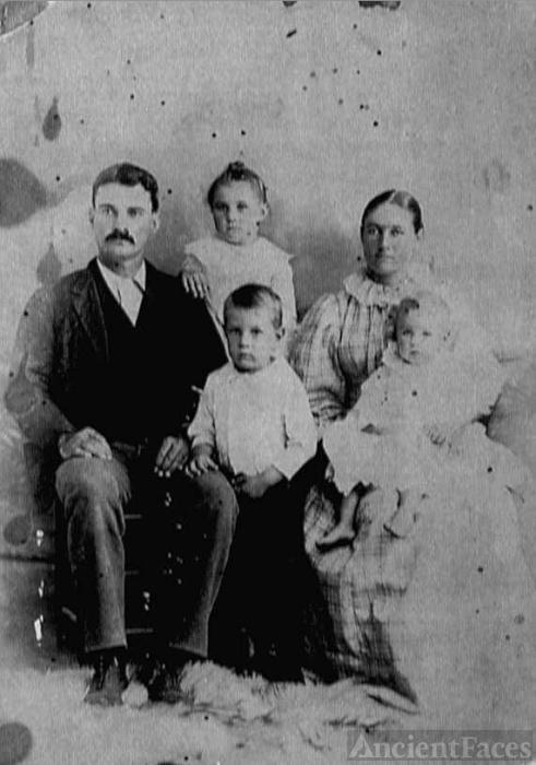 Edward M. & Jennie F. Hightower & children