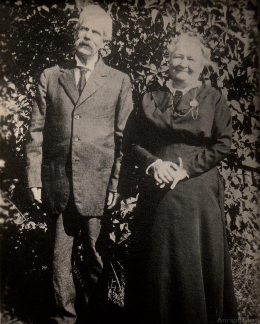James and Jemima McKenzie, Rhode Island