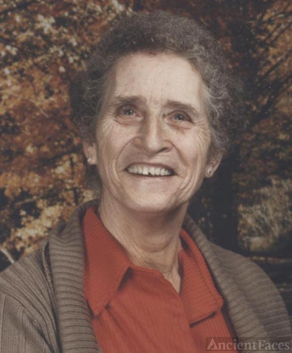 Leslie Decker