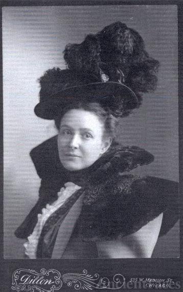 Nora (Wells) Walker