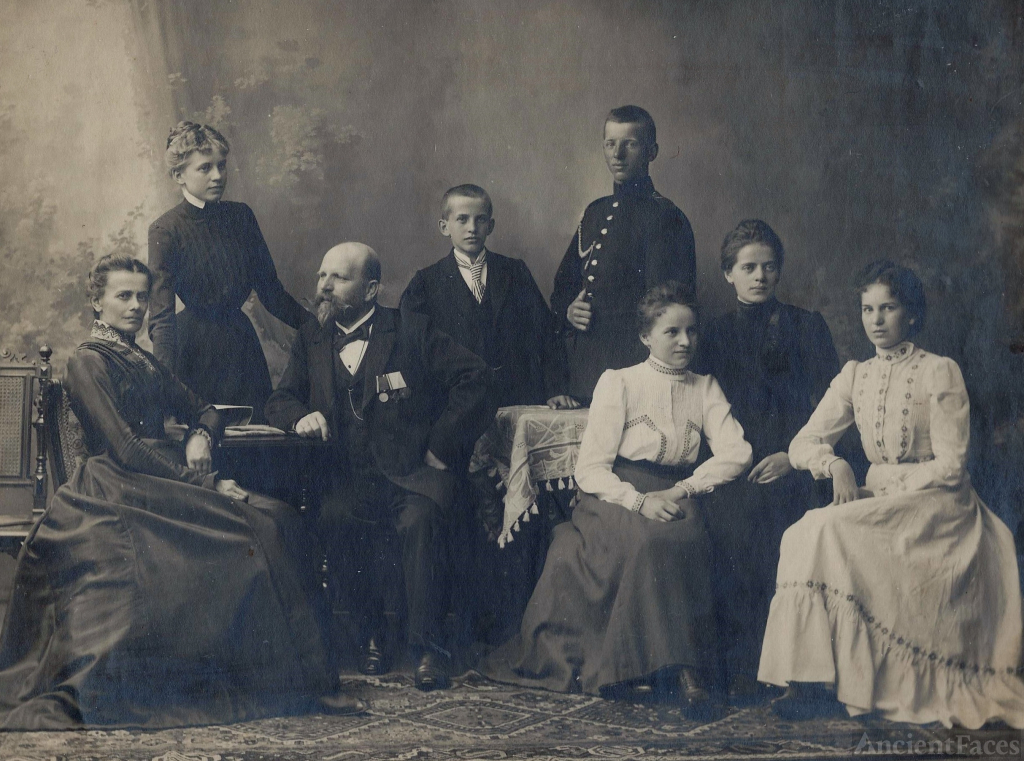 Alvis Aloysius Wallner and Family