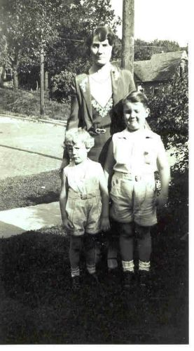 Maude, Richard & Ralph Hadlund