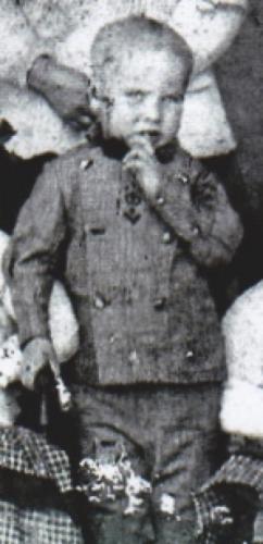 Dennis Hoolahan Jr.