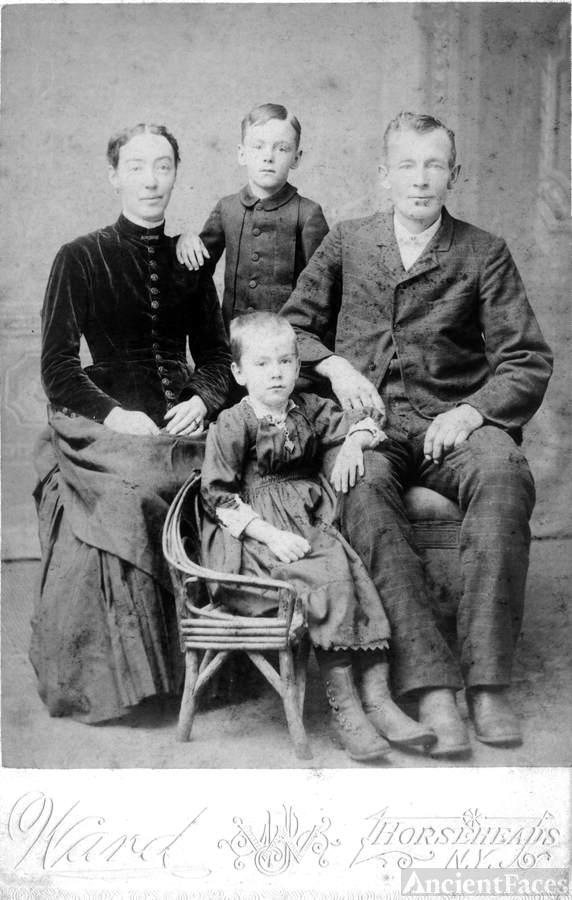 Guy and Henrietta Torrey family portrait