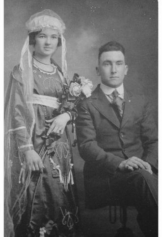 Wilbert Syrus Fenton and Goldie Viola Tabor Weddin
