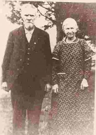 Richard and Ruth (Reffett) Mills